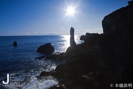 大理石の石柱折石HP.jpg